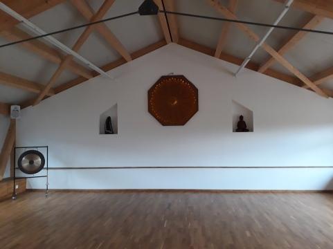 Karatedojo-neue Wand nah